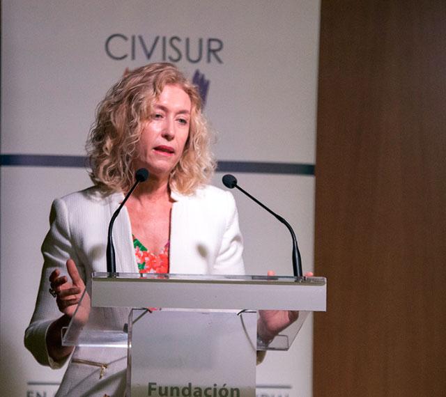 María Dolores Oliver
